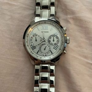 Guess Women's Stainless Steel Watch U0330L3